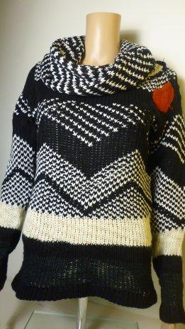 ANONYM-pulóver-fekete (42,44)