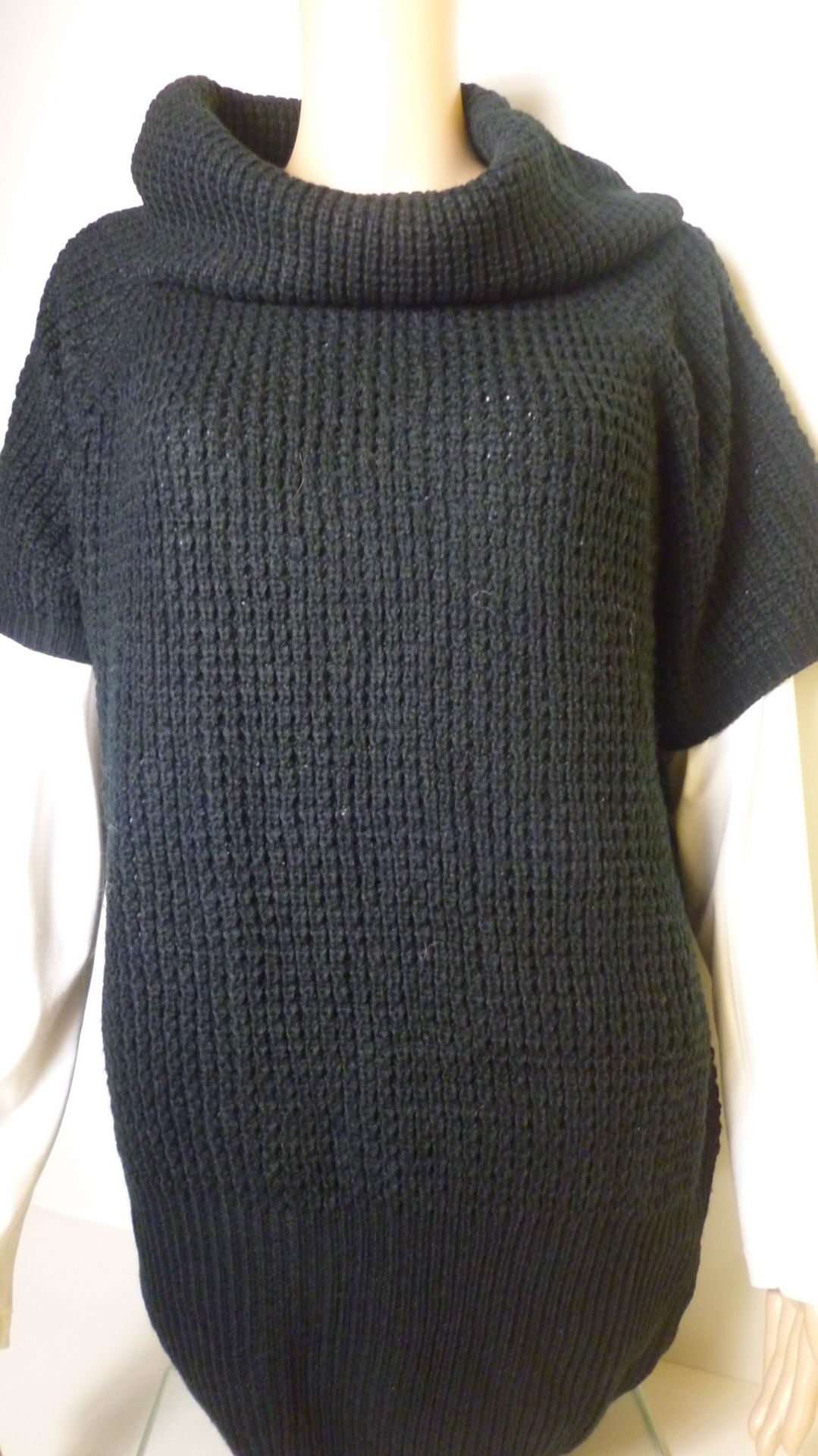 ESMARA-pulóver-fekete (44,46)